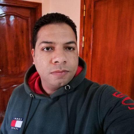 Ayman Mokhtar